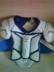 Нагрудник хоккейный Wariror